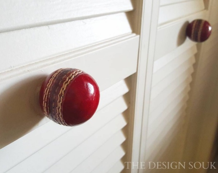 Cricket Knobs
